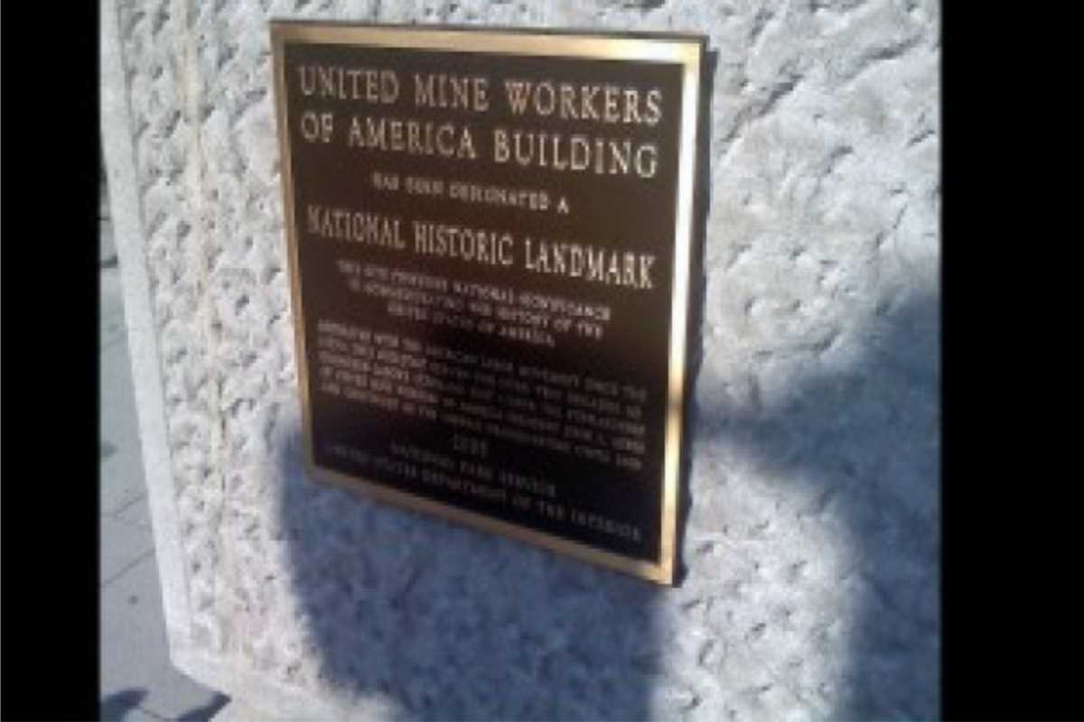 wall plaque for national landmark