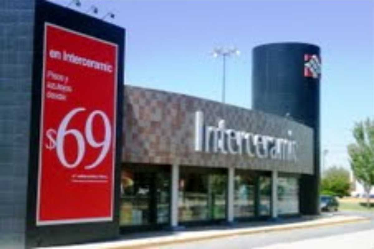 Large Wall Sign for Interceramic store