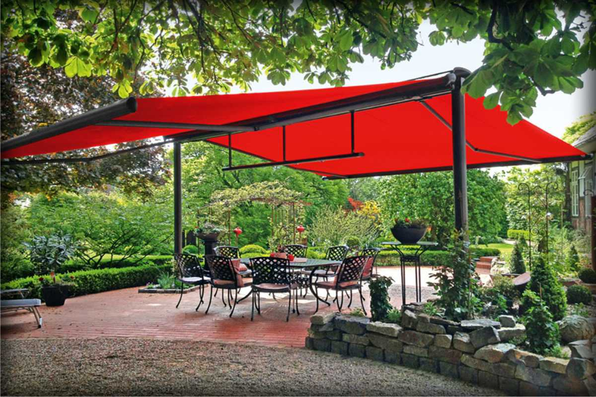 residential retractable awning backyard patio